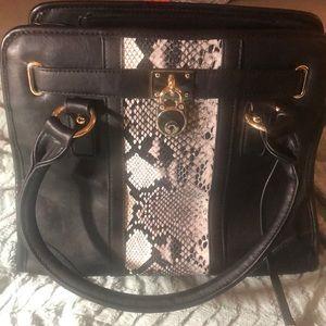 Handbags - Snake skin black bag